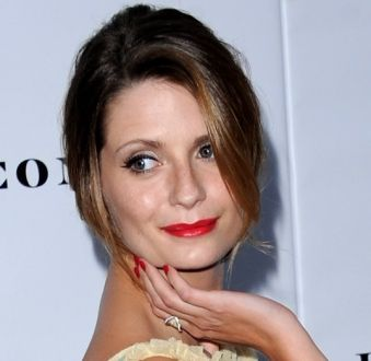 As unhas de Mischa Barton: veja as cores de esmaltes favoritas da eterna Marissa Cooper de 'The O.C'!