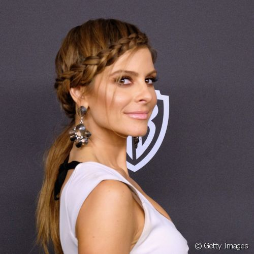 Maria Menounos apostou todas as fichas nos tons terrosos para a make