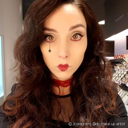 A make de Rainha de Copas representa a vibe das capricornianas (Foto: Instagram @do.make.up.artist)